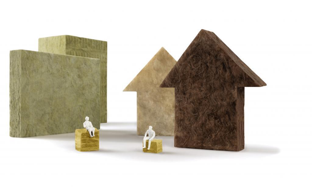 Optimale Raumtemperatur: Eine Dämmung aus Mineralwolle sorgt für einen hohen Wohlfühlfaktor zu Hause und spart Heizkosten..