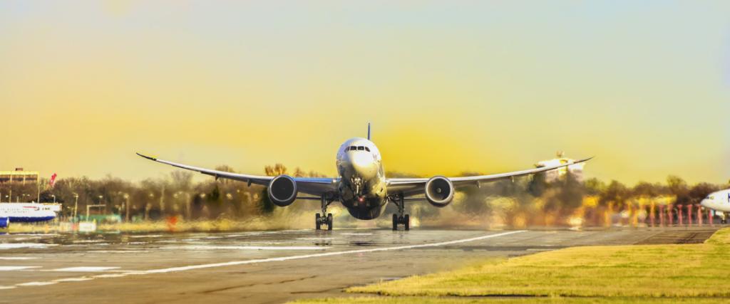 Mineralwolle dient in Flugzeugen als Wärme- und Lärmschutz.