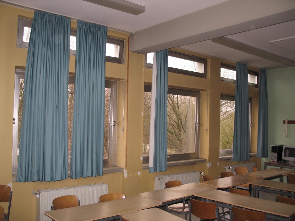 Das Gymnasium in Baesweiler vor seiner Sanierung zum Passivhaus.