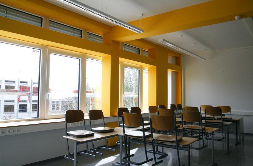 Das Gymnasium in Baesweiler nach seiner Sanierung zum Passivhaus.