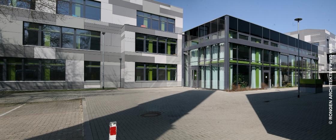 Das Gymnasium in Baesweiler ist seit der energetischen Sanierung eine Passivhaus-Schule.