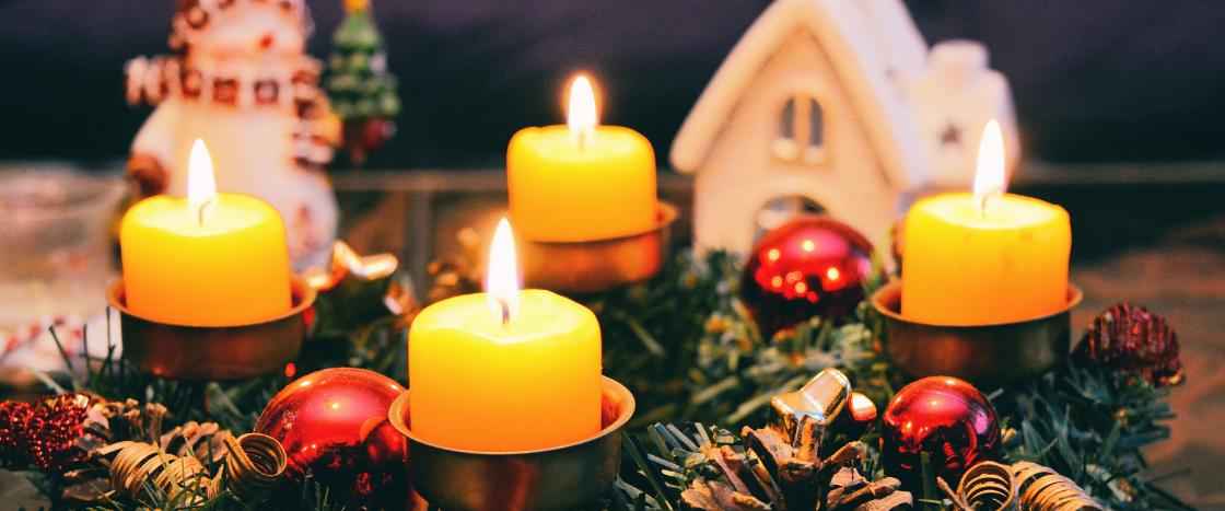 Vor allem in der Advents- und Weihnachtszeit ist Brandschutz wichtig. Mineralwolle leistet hier einen wichtigen Beitrag.