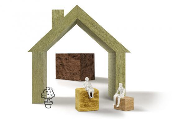 Nicht nur im Holzbau: Eine Dämmung aus Mineralwolle bietet Brandschutz auf höchstem Niveau.