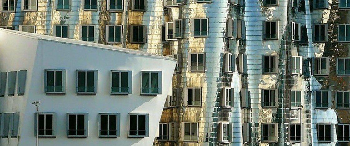 Glänzende Hausfassade