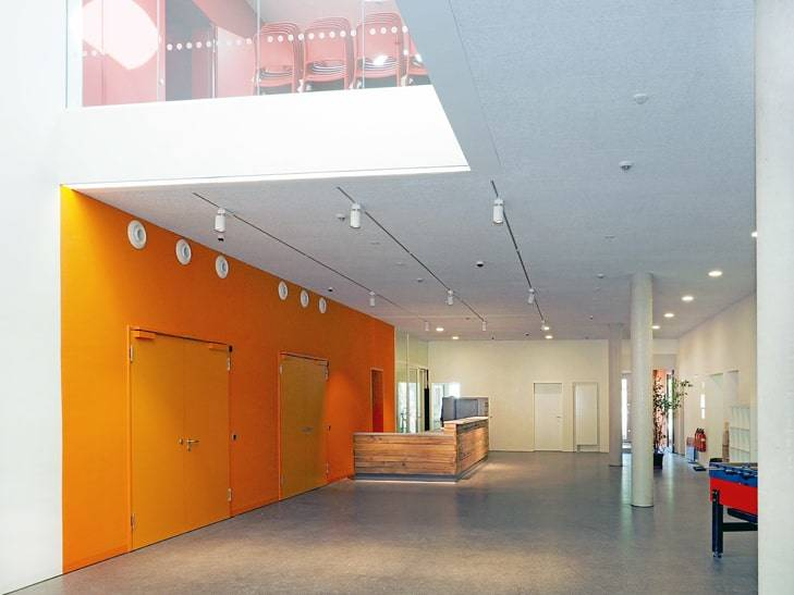 Farbige Wände I Bürgerhaus I Stuttgart Neugereut I Der Dämmstoff