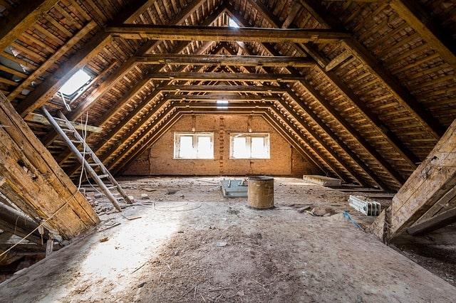Dachboden I Der Dämmstoff
